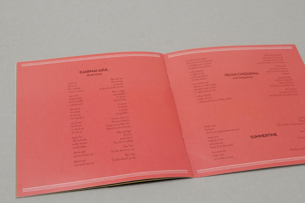 booklet-rot.jpg
